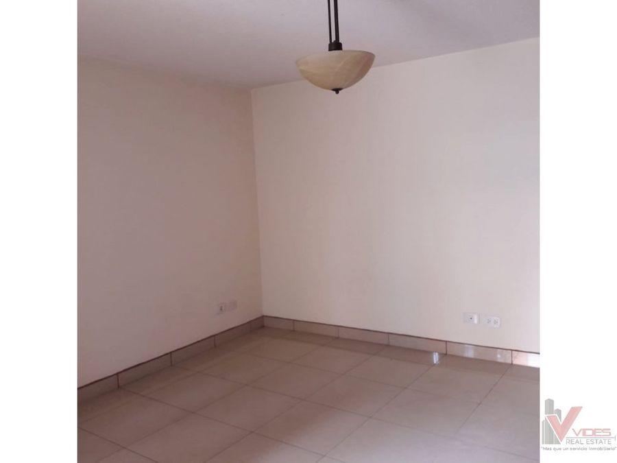 renta casa zona 11