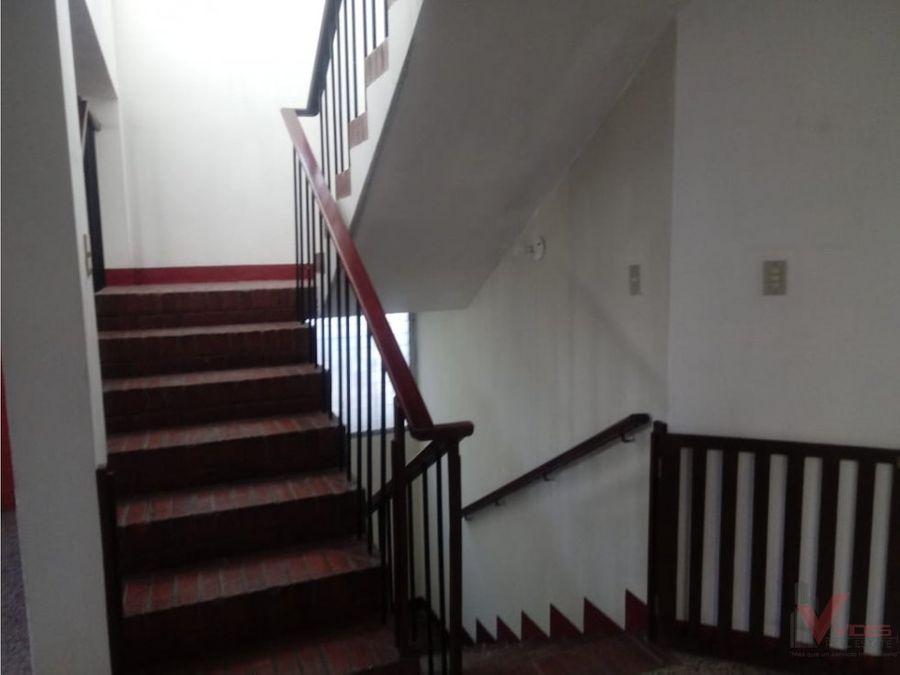 renta apartamento en zona 2