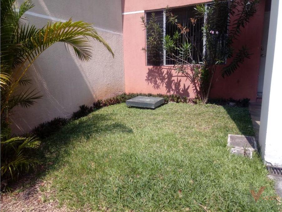 renta casa canada del zapote zona 2