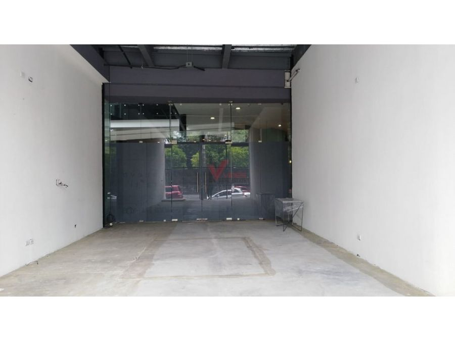 showroom en renta diagonal 6