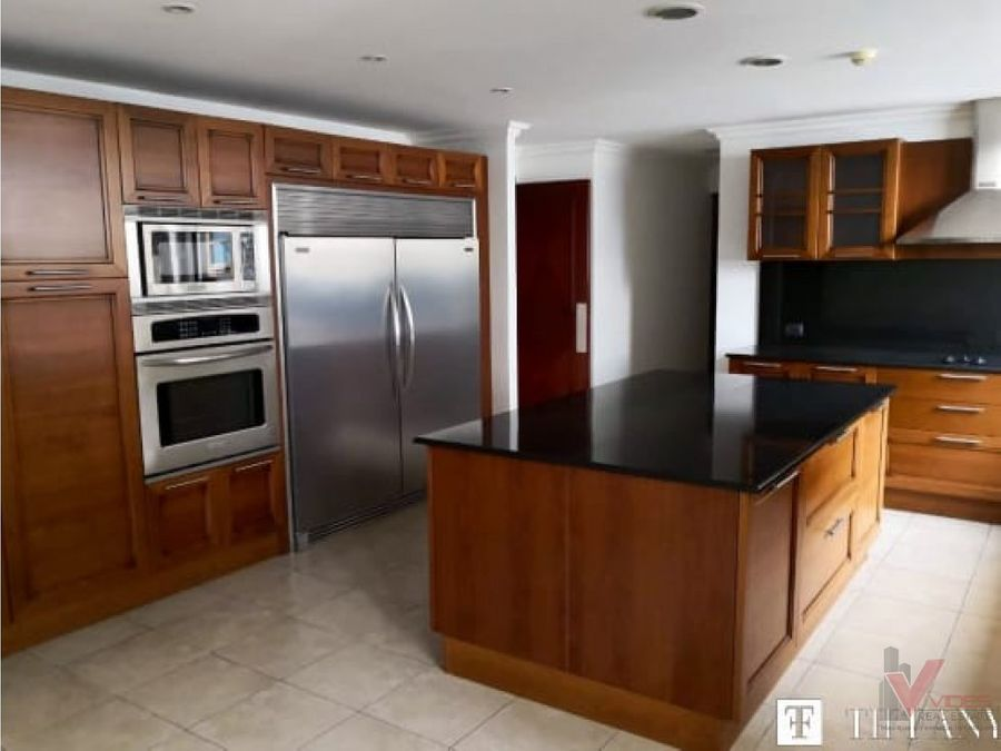 venta y renta apartamento en 13 calle zona 10
