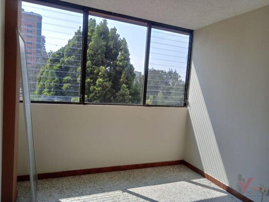 renta apartamento en zona 14 2 avenida