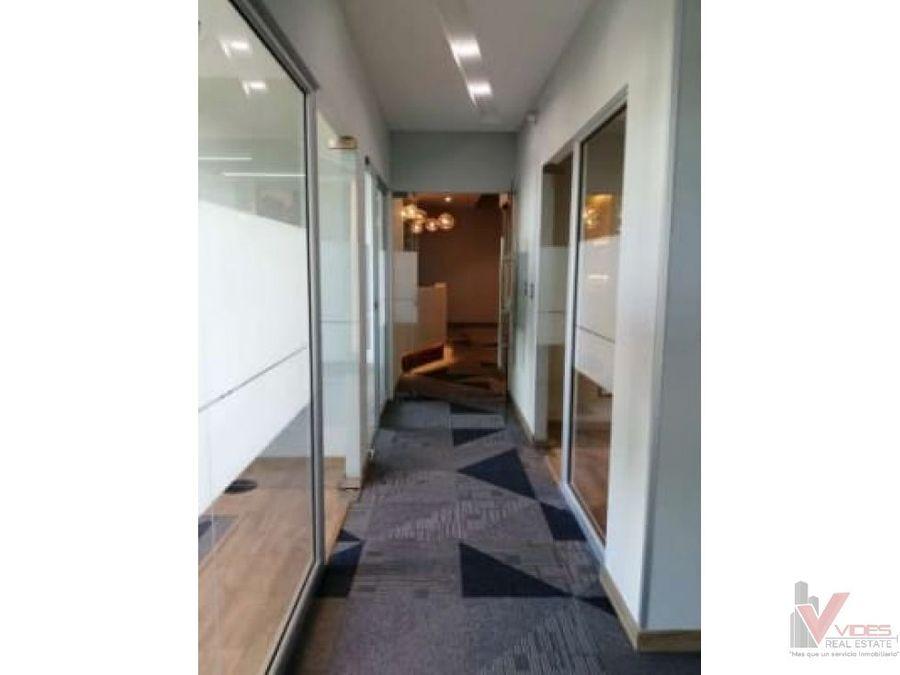 renta oficina en zona 10 15 calle