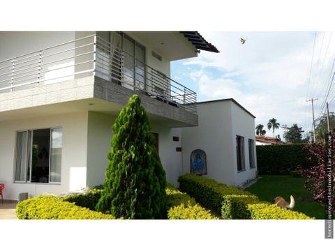 hermosa casa en venta en el caimo