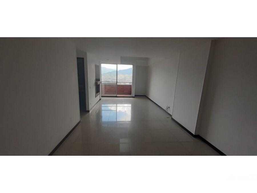vendo apto piso 9 ubicado en envigado medellin