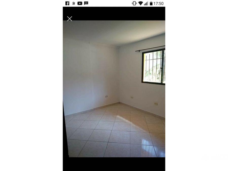 vendo casa 2do piso ubicada en boyaca las brisas
