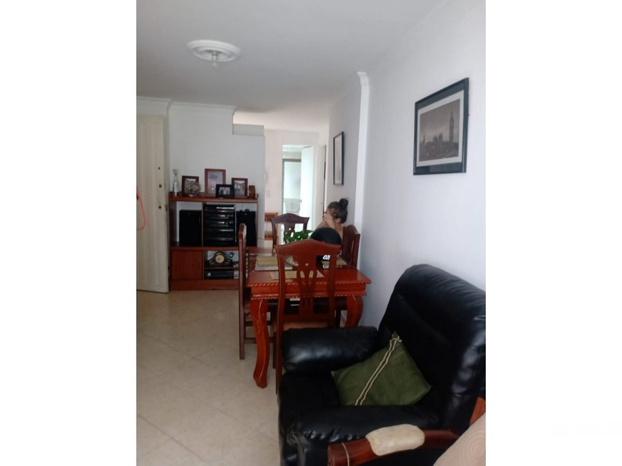 apartamento primer piso barrio cristobal