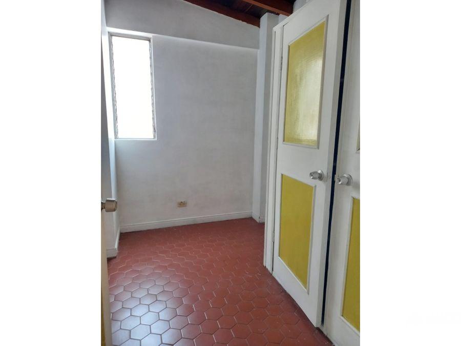 venta apartamento en laureles para reformar