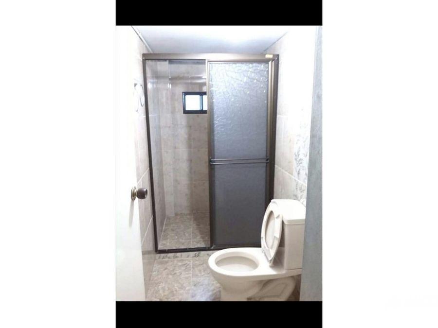 vendo casa con apartaestudio 3 er piso en castilla medellin