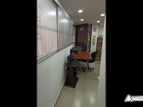 oficina simon bolivar primer piso