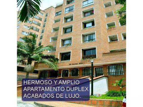 hermoso y muy amplio apartamento penthouse en barrio pilarica