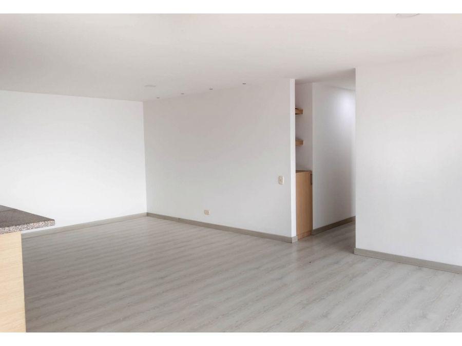 vendo apto piso 30 en sabaneta medellin