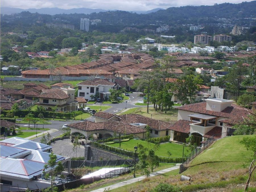 casa con piscina en cerro alto escazu vhp cv247