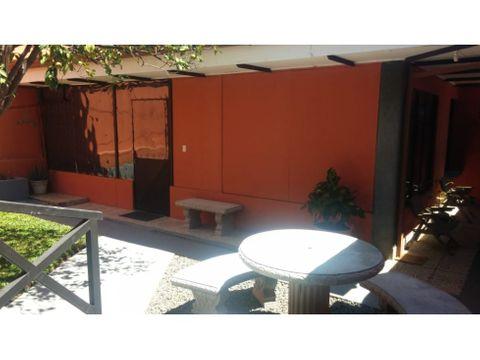 amplia casa san antonio del tejar 3hab2bn2pq negociable