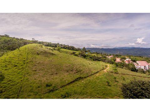 encantadora propiedad para desarrollo en brasil de mora