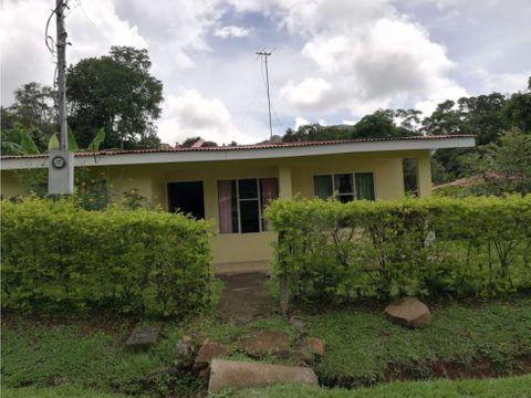 venta de linda casa en desamparaditos puriscal