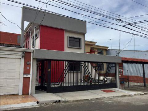 venta de edifico con 3 departamentos en san pablo de heredia