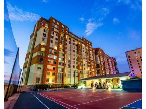 alquilo apartamento en torre 630 sm