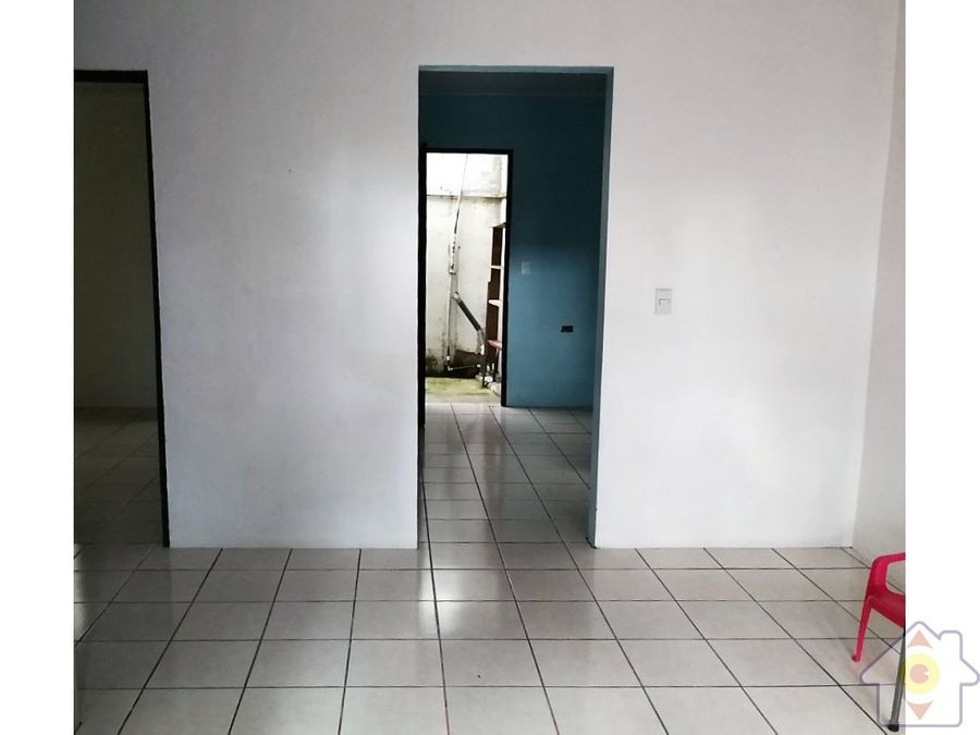 casa a 300m sur escuela ciudad colon apartamento