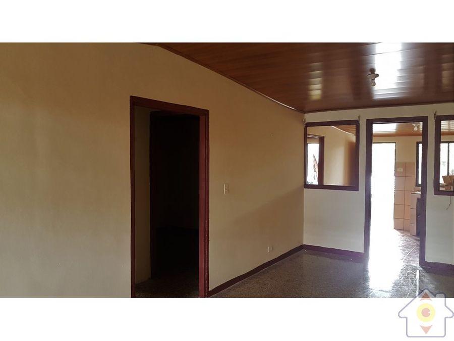casa coyol de alajuela buen precio negociable