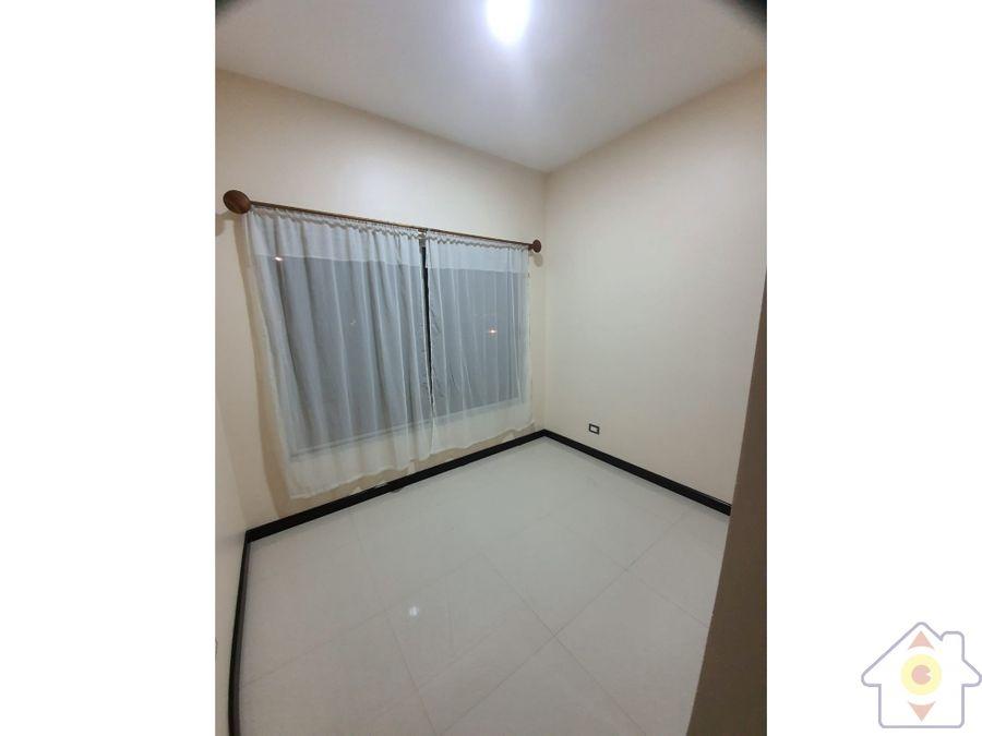 apartamento comodo en condominio moderno de alajuela