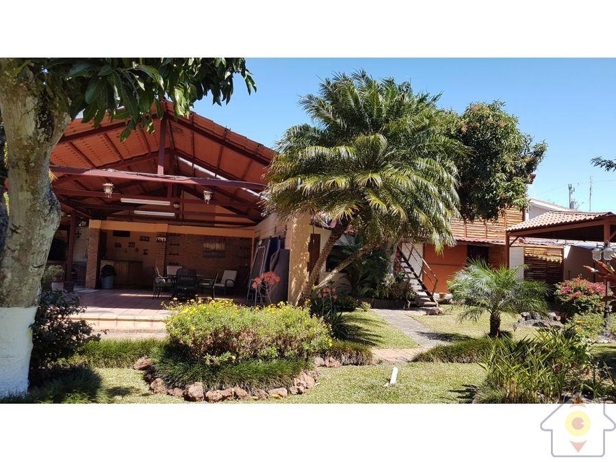 espectacular propiedad casa y cabanas santa rosa