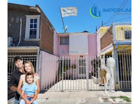 casa en venta en la colonia unidad insurgentes