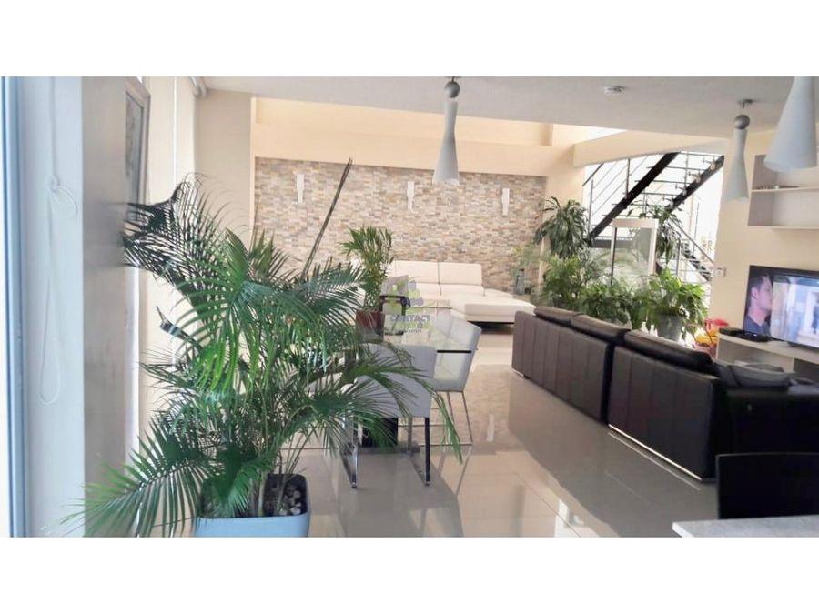 se vende casa en costa esmeralda 305mts gtb