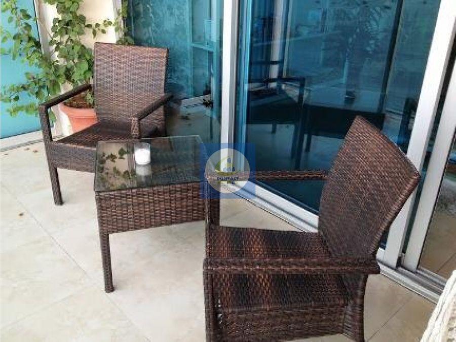 vendemos hermoso y amplio apartamento frente al mar avenida balboa