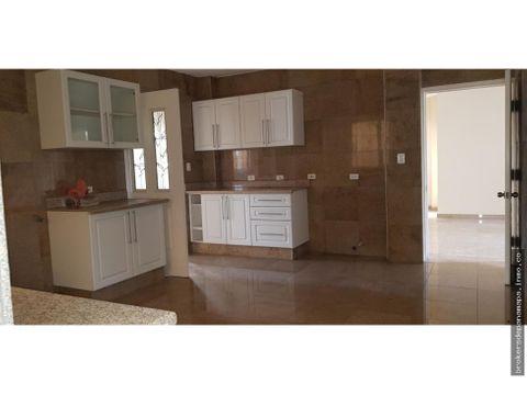 venta de casa en altos de panama lkm 19 6122