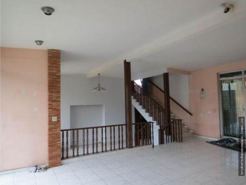se alquila casa en san francisco ak176050