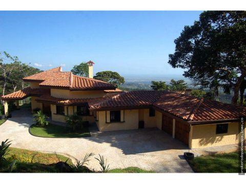 casa en venta en cerro azul rqm 20 8358