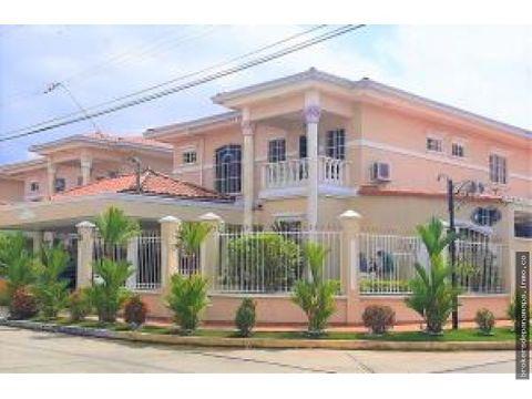 casa en venta en condado del rey rqm 20 3006