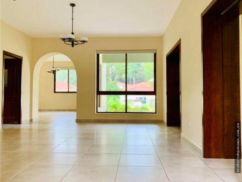 alquiler casa en clayton
