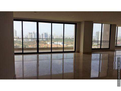 se vende apartamento de 600m2 santa maria ak176850