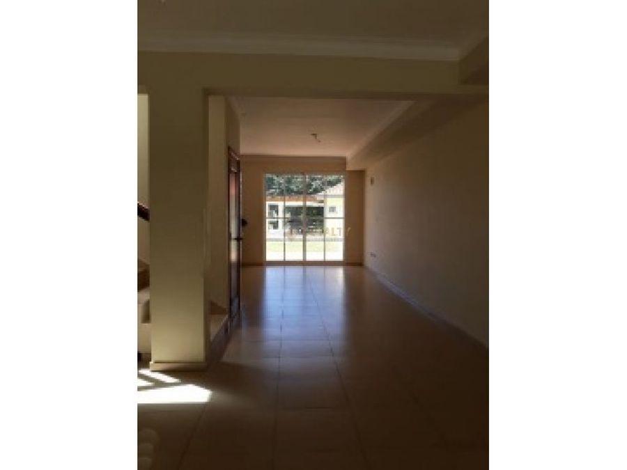 lhs 029 11 18 vendo casa en metro country club
