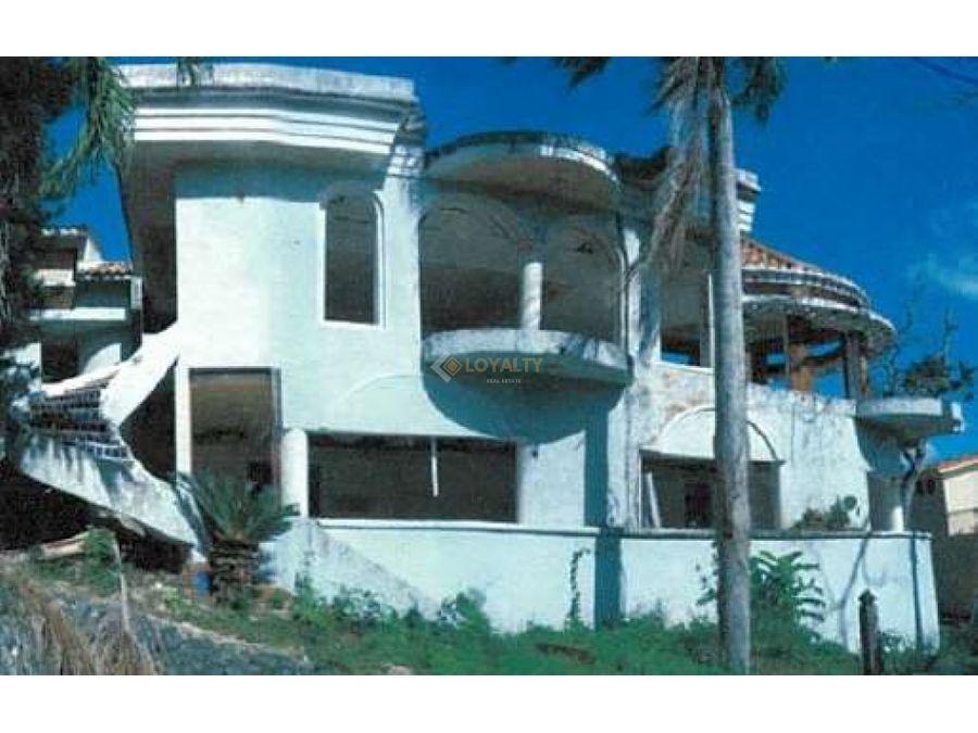 lhs 082 06 18 vendo casa en arroyo hondo ii