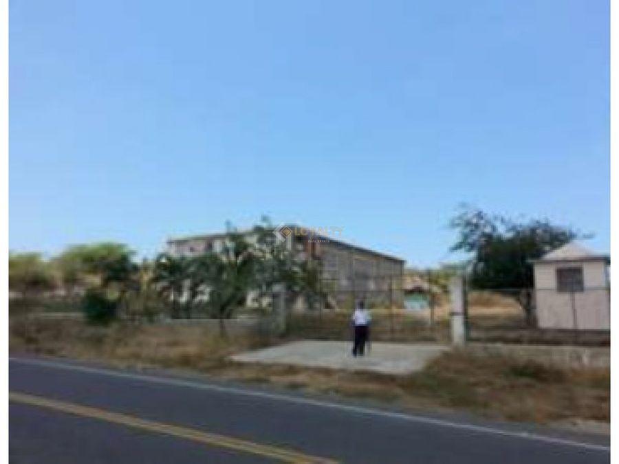 lbs 005 07 18 edificio comercial en montecristi