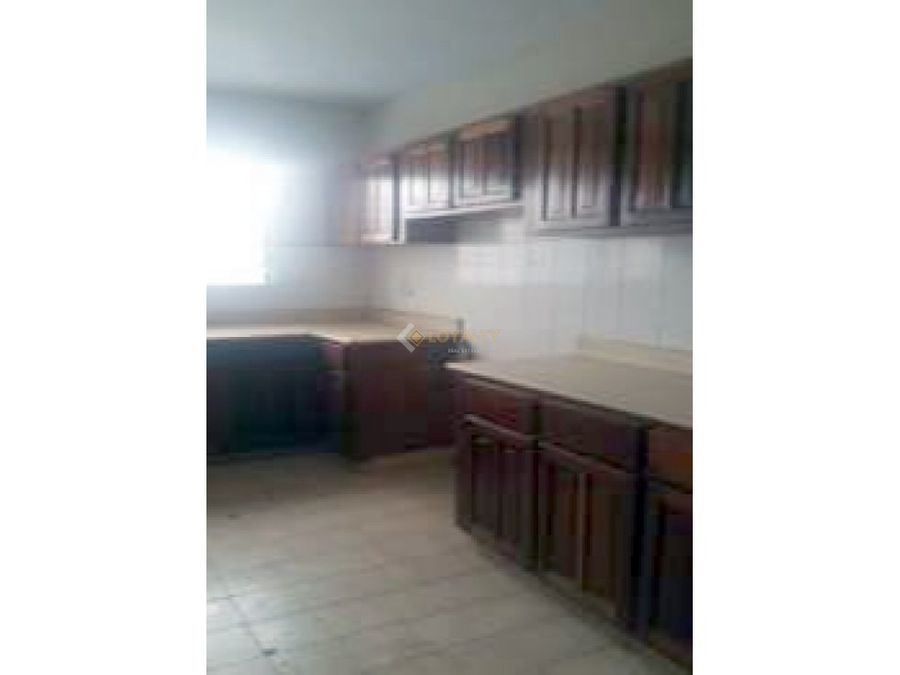 las 008 08 18 vendo apartamento en ens paraiso