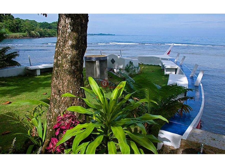 casa en venta frente a la playa portobelo 5500 m2