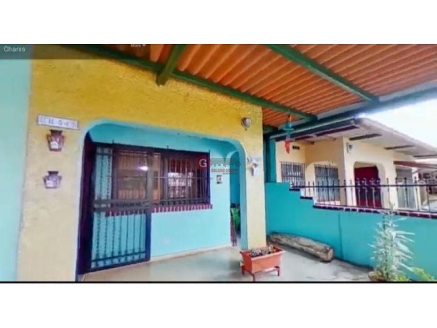 casa en venta campo limberg via principal 4 habitaciones 240m2