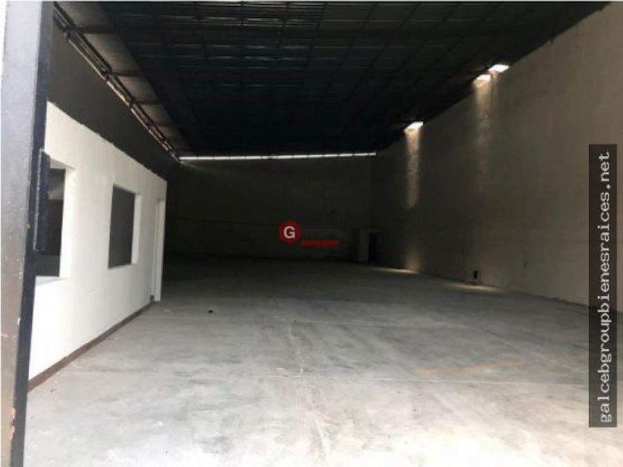 vendo galera en juan diaz 2 oficinas 600 m2