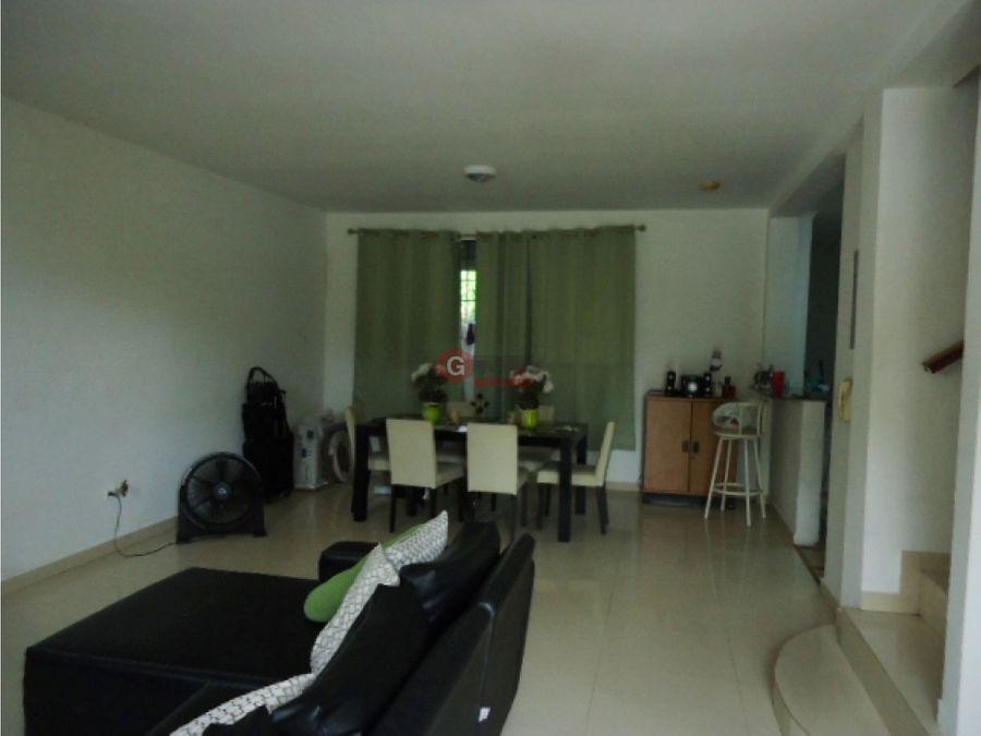 las acacias villa de las acacias 197m2 3 habitaciones