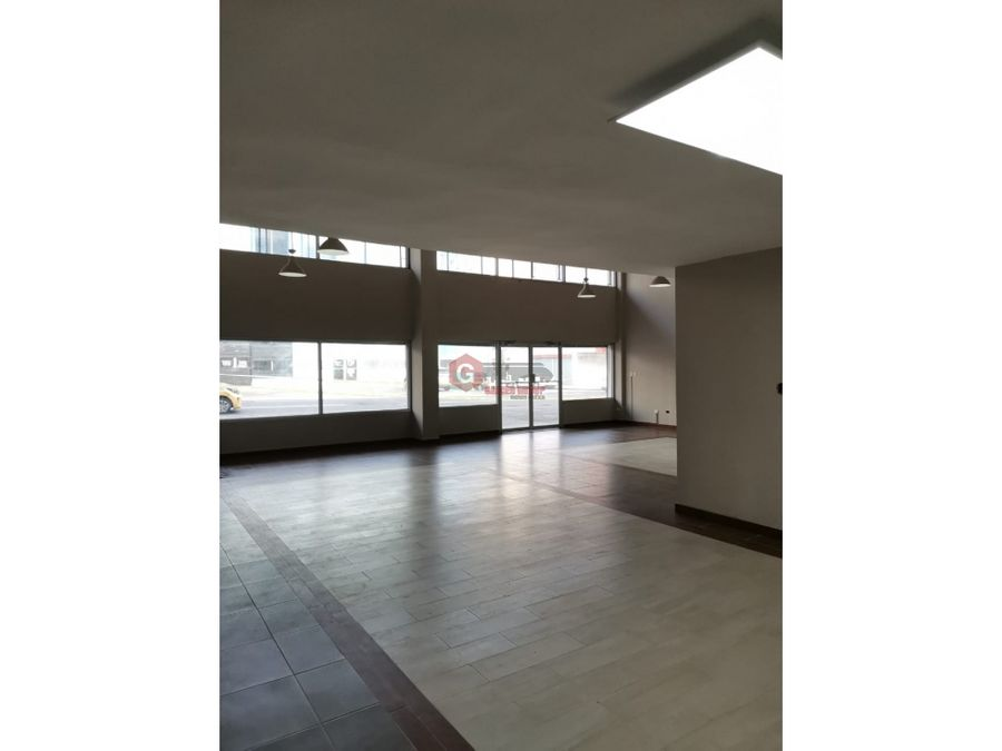 local calidonia calle principal planta baja negociable 145m2