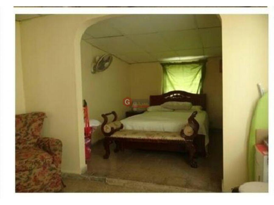 se vende casa urbanizacion santa clara 3 habitaciones 209 m2