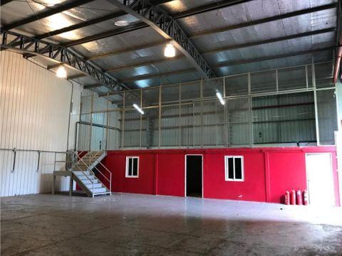 galera albrook zona franca ancon 1200 m2
