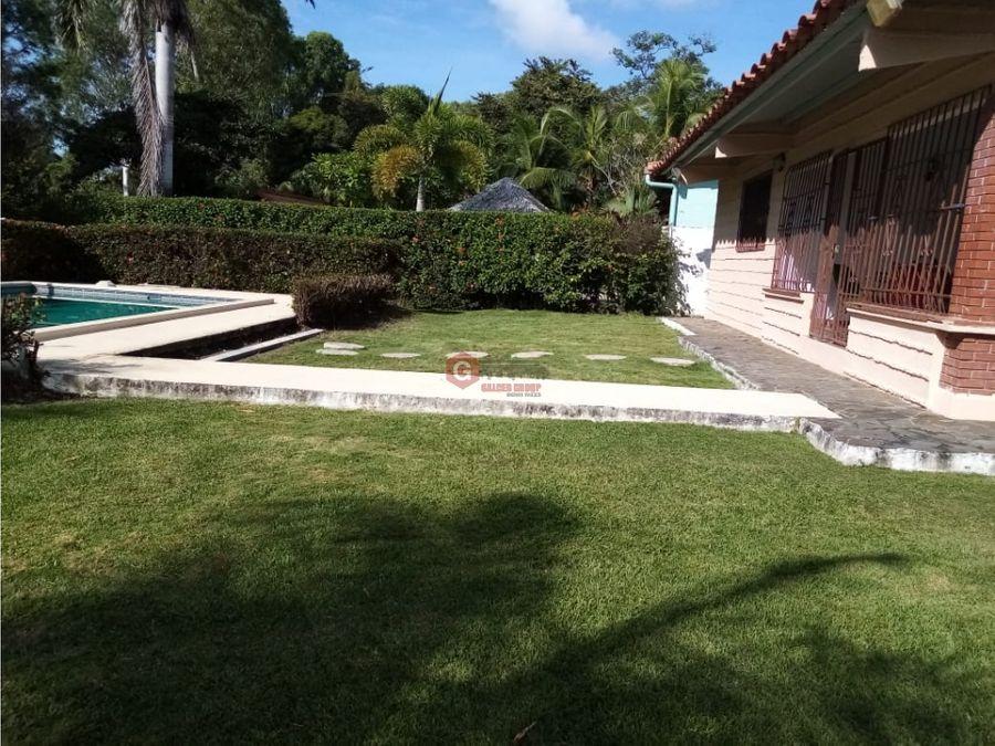 coronado club del golf con piscina 1134m2 contruccion