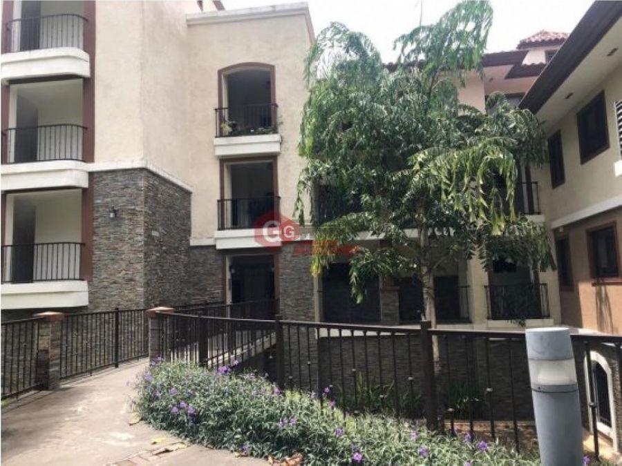 embassy club planta baja jardin 296 m2 clayton