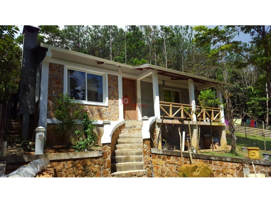 casa en venta cerro azul amoblada 3 habitaciones 1315 m2