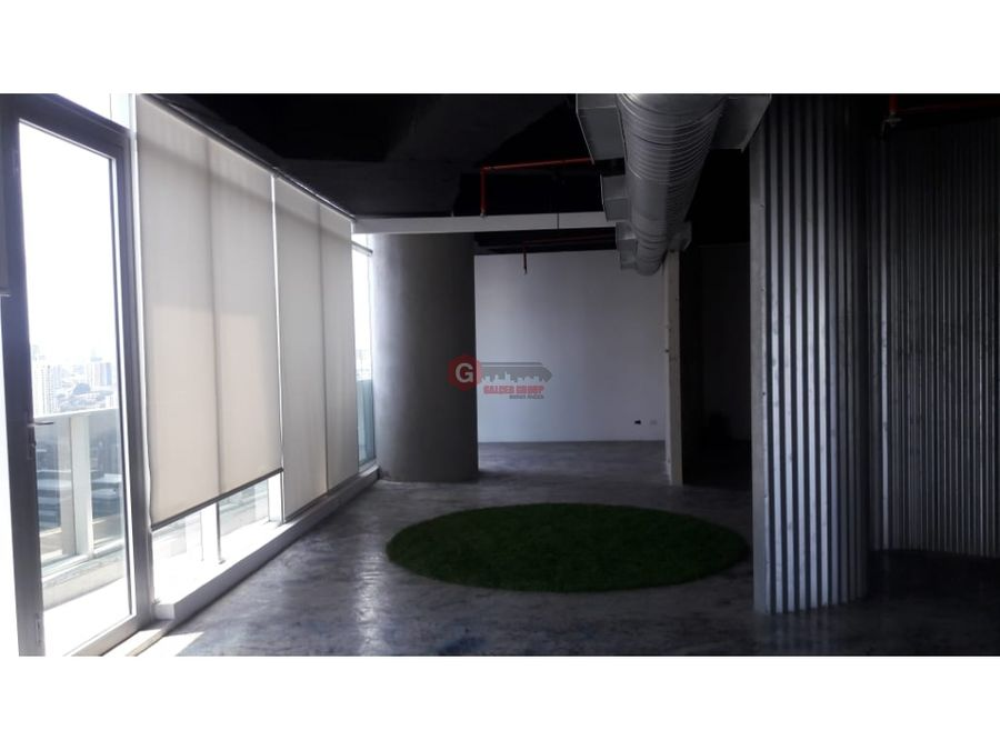 oficina revolution f f tower calle 50 156m2 negociable